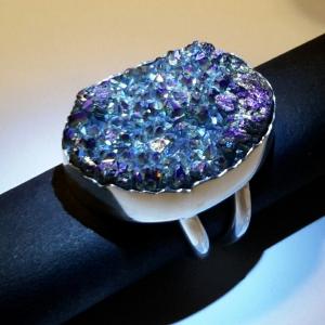 Zilveren ring met blauwe titaandruse